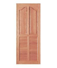 BEST ประตูไม้สยาแดง 2ฟักปีกนกพร้อมเกล็ดล่าง 70x200ซม. GS-26