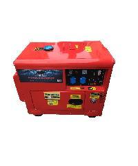 BISON เครื่องปั่นไฟดีเซล แบบเงียบ 5000W DG-6700LN สีแดง