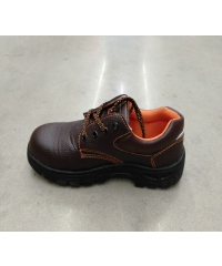 Protx รองเท้าเซฟตี้ พื้นเหล็ก  เบอร์ 42 PW106 สีดำ