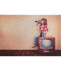 NICE รูปภาพพิมพ์ผ้าใบ Kid ขนาด  30x20ซม. (ก.xส.) (เด็กนั่งบนทีวี) C3020-2