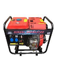 BISON เครื่องปั่นไฟดีเซล 5000W  DG-6500CXE สีแดง