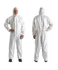 3M ชุดป้องกันฝุ่นละอองและสารเคมี SIZE L 4510  สีขาว
