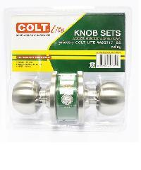 COLT ลูกบิดประตู COLT LITE #A68717 SS รุ่นแผง (ฝาใหญ่) ลูกบิดประตู COLT LITE #A68717 SS รุ่นแผง (ฝาใหญ่) สีโครเมี่ยม