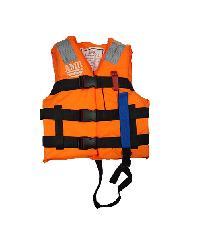 AMR  เสื้อชูชีพพร้อมนกหวีด 100N มาตรฐานกรมเจ้าท่า  LV-127 สีสัม-ดำ สีส้ม