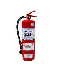 BY TORA ถังดับเพลิงชนิดผงเคมีแห้ง 15LB 4A:5BR ขาว-แดง
