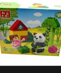 Sanook&Toys  บล็อกตัวต่อชุด (Zhulin)  9567 สีเขียว